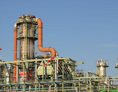 Sener se compromete a recatar industria química