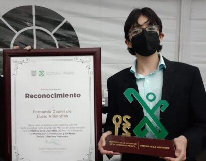 estudiante-Premio de la Juventud